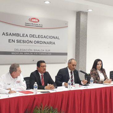 Asamblea en sesión ordinaria de afiliados de CMIC Sinaloa Sur